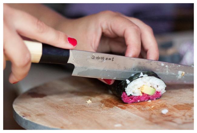 Sushi_schneiden_650px