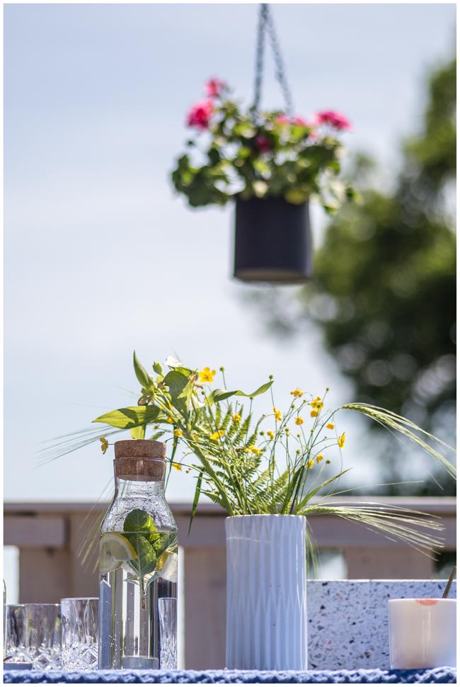 Wildblumen-Tisch-Balkon