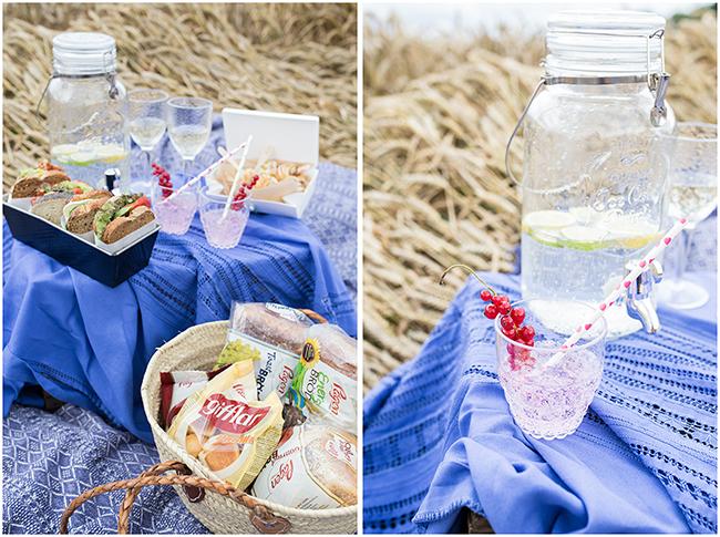 Ein Korb gefüllt mit BRÖD von Pågen für das Picknick im Weizenfeld