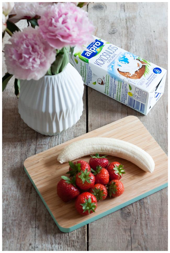 Alpro Kokosnuss frische Erdbeeren und Banane