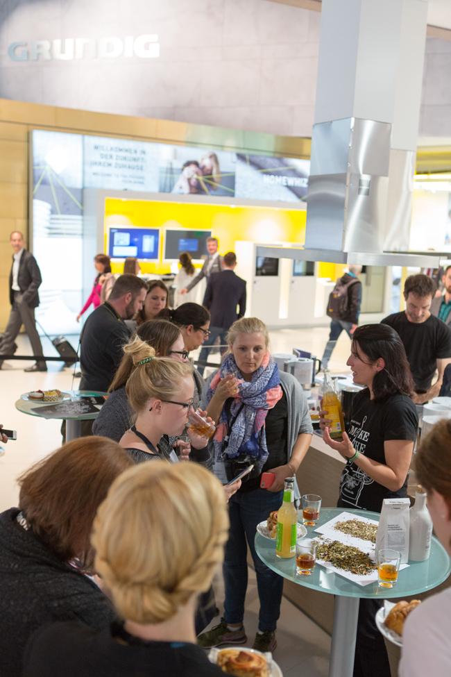 Grundig & samova Blogger Event_Standimpression 2 ∏ morrismedia.de