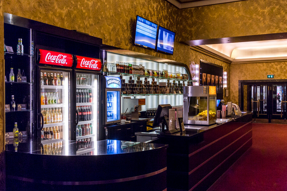 Bar im Passage Kino