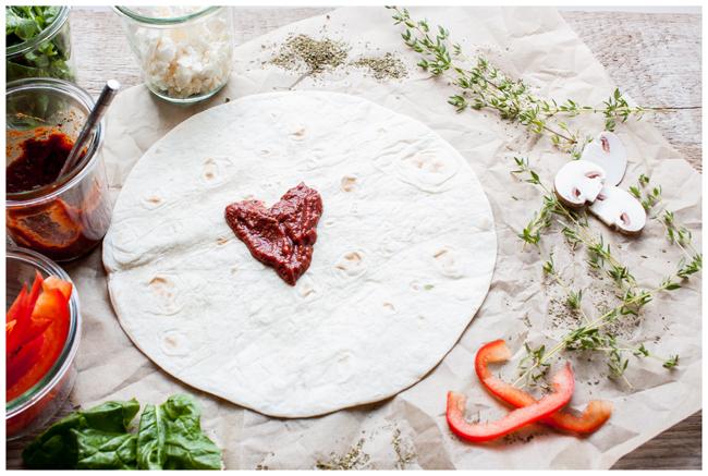 Blitzpizza-Tomatensauce-Herz