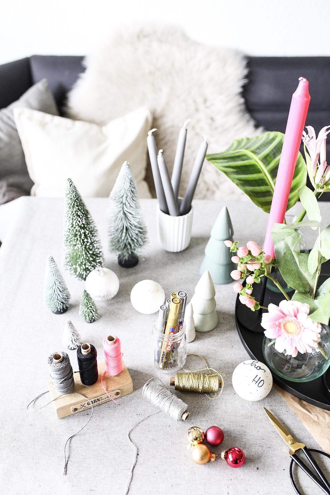 Material für Blumen Adventskranz