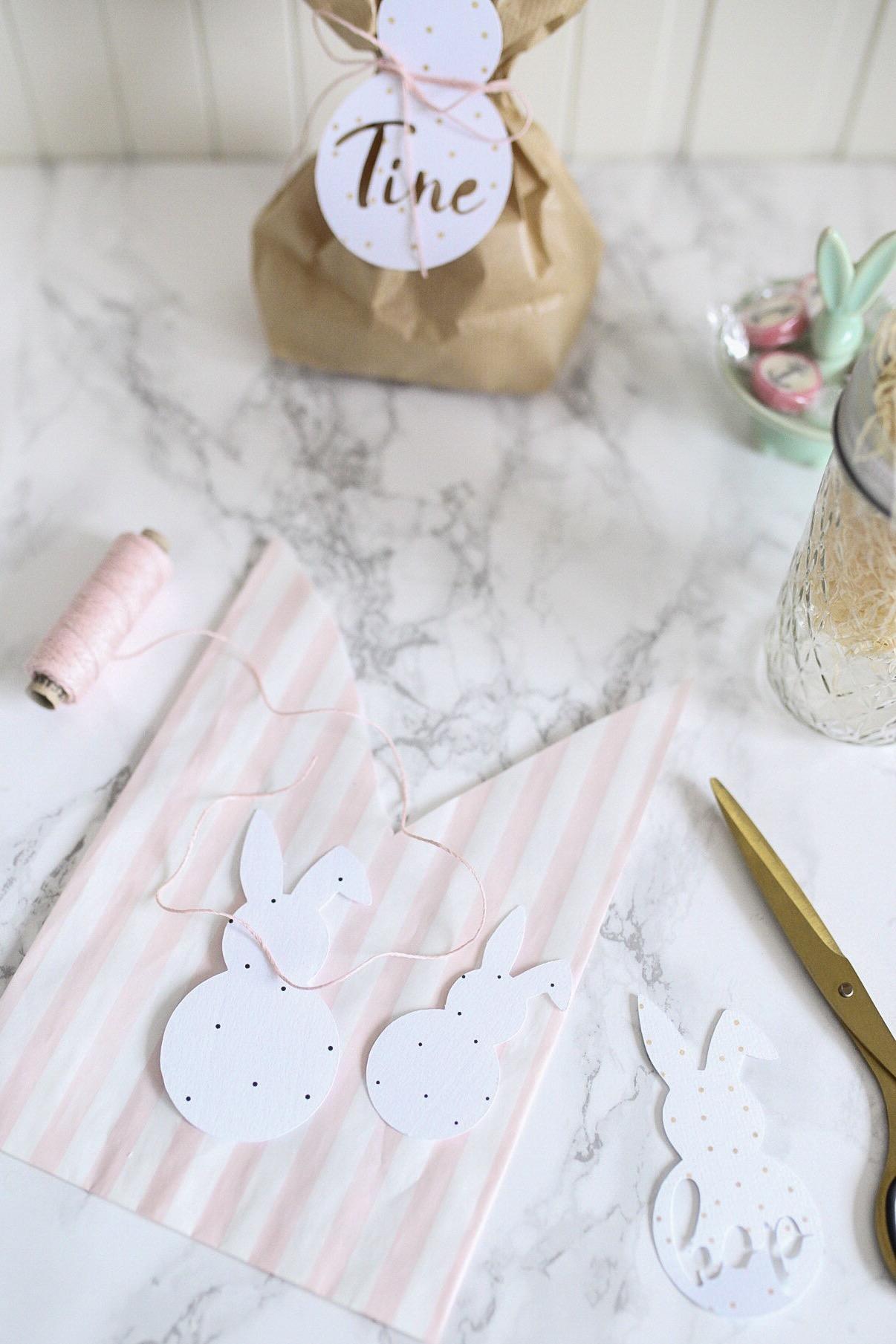 DIY Osterhasentüten mit geplottetem Hasen, als Namensschild