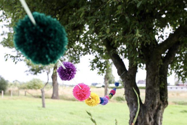 DIY Pompon Girlande