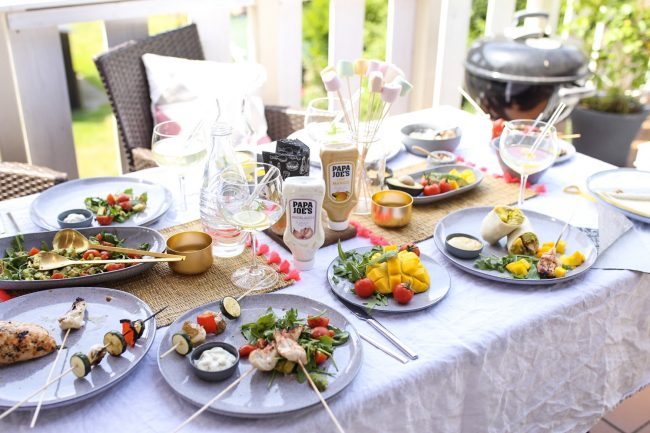 Papa Joe's Grillsaucen - Gedeckter Tisch