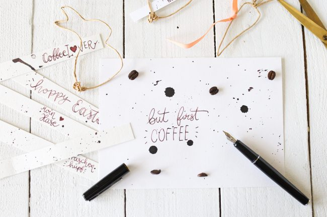 IDEE KAFFEE Kaffeetinte - Lettering But first Coffee
