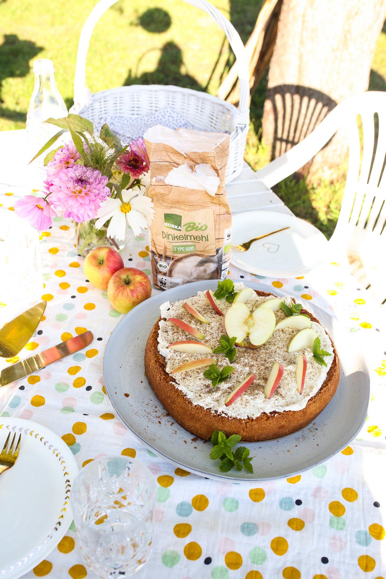 Apfel Schmand Torte mit Ingwer